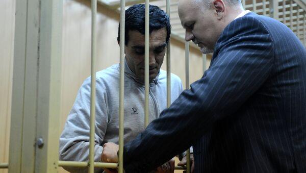Обвиняемый Грачья Арутюнян в суде, архивное фото