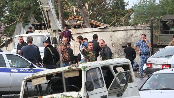Взрыв у здания РОВД в Сунженском районе Чечни. Фото с места события