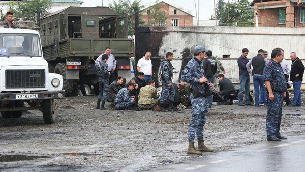 Взрыв у здания РОВД в Сунженском районе Чечни 16 сентября