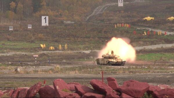 Новинки RAE-2013: танк с режимом охотник-стрелок и бронированный Тайфун