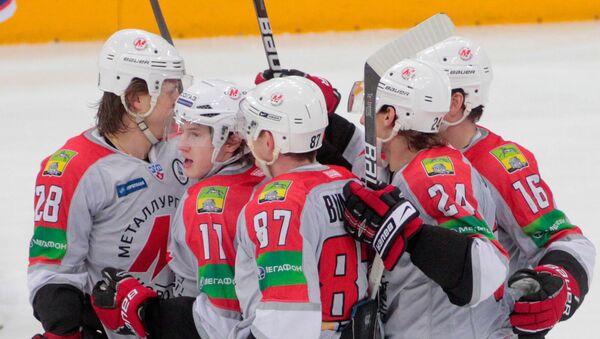 Хоккеисты Металлург (Новокузнецк). Архивное фото