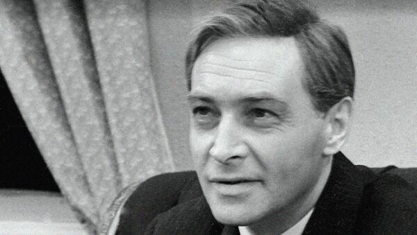 Народный артист РСФСР Вячеслав Тихонов. Архивное фото