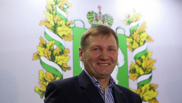 Назначение Василия Баскакова главным тренером ФК Томь , архивное фото