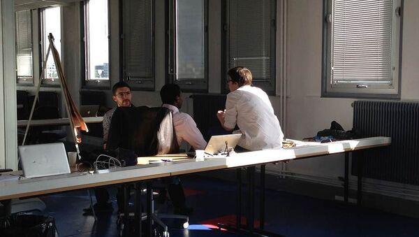 Участники отборочного этапа хакатона в Париже. Архивное фото