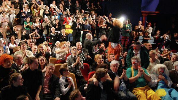 В зале театра Лицедеи. Архивное фото