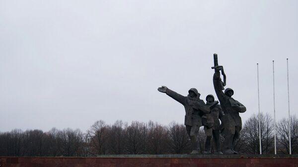 Памятник Освободителям Риги. Архивное фото