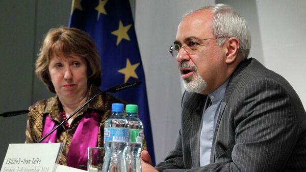Высокий представитель ЕС по иностранным делам Кэтрин Эштон и министр иностранных дел Ирана Мохаммад Джавад Зариф в Женеве. Архивное фото