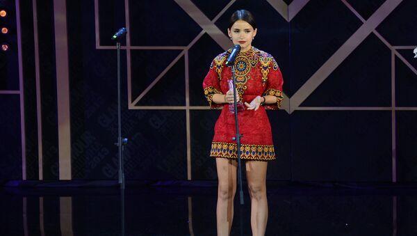 Победительница в номинации Женщина года фэшн-консультант, digital media директор ЦУМа Мирослава Дума