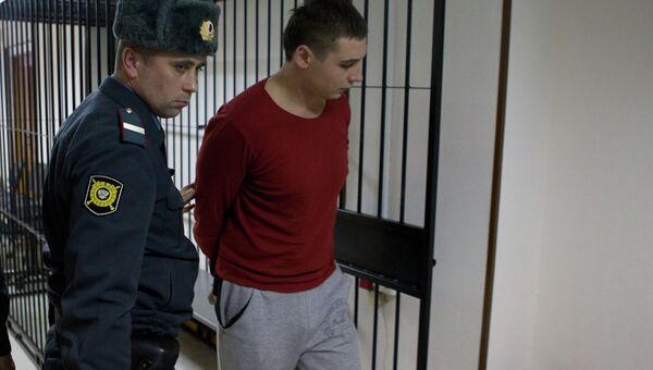 Подозреваемый в избиении томского бизнесмена Максима Хайкиса в суде, архивное фото
