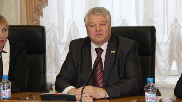 Спикер Костромской облдумы Андрей Бычков, фото с места события
