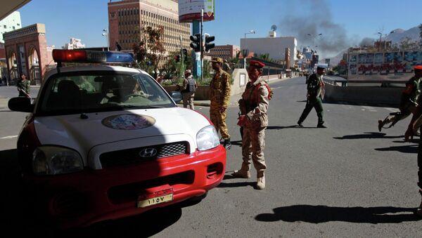 Взрыв у Минобороны в Йемене, архивное фото