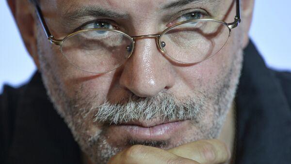 Журналист и политолог, главный редактор журнала Однако Михаил Леонтьев