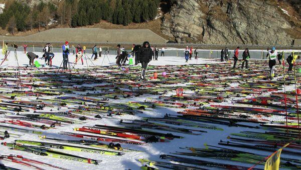 Лыжи.Архивное фото