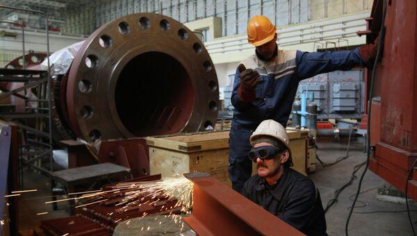 Работы на ГЭС. Архивное фото