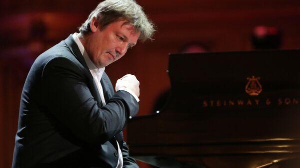 Руководитель фестиваля пианист Борис Березовский. Архивное фото
