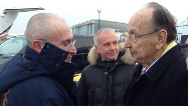 Михаил Ходорковский и Ганс Дитрих Геншер.