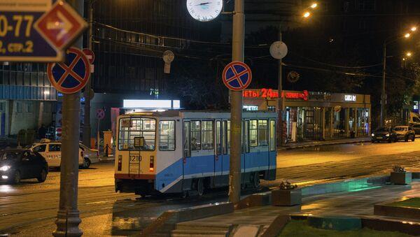 Ночной наземный транспорт. Архивное фото