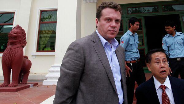 Русский олигарх Сергей Полонский около Апелляционного суда в Пномпене 13 января 2014 года.