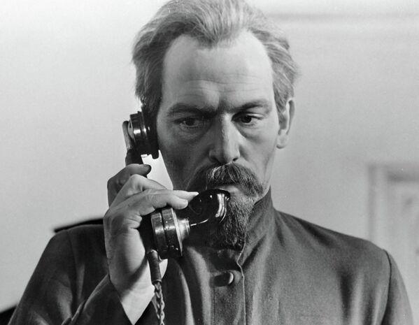 В. Лановой в фильме Шестое июля