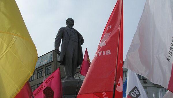 Памятник Тарасу Шевченко в Донецке. Архивное фото