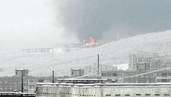 Пожар на нефтебазе в Мурманске. Архивное фото