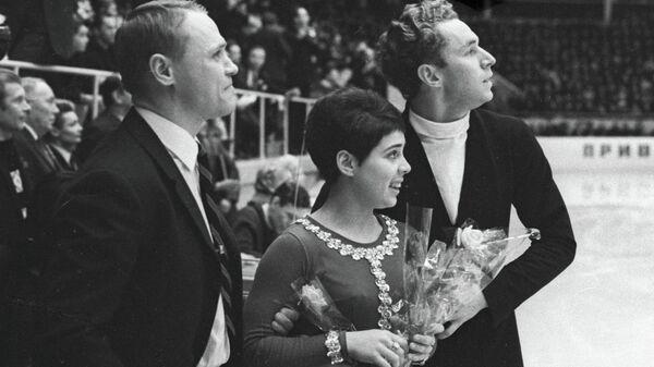 Станислав Жук, Ирина Роднина и Алексей Уланов. Архивное фото