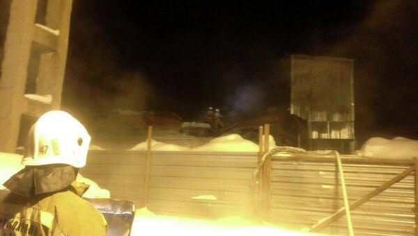 Пожар на складе в Кирове. Фото с места события