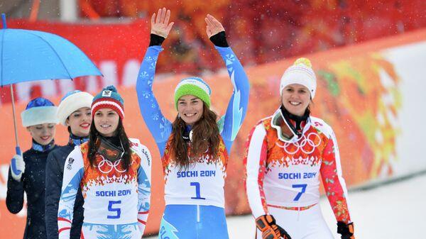Анна Феннингер (Австрия) - серебряная медаль, Тина Мазе (Словения) - золотая медаль, Виктория Ребенсбург (Германия) - бронзовая медаль