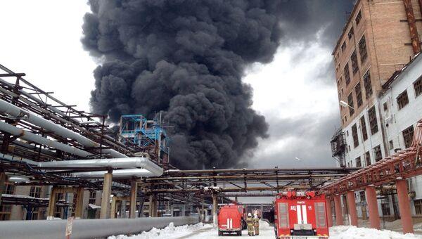 Пожар на заводе Омский каучук. Фото с места событий