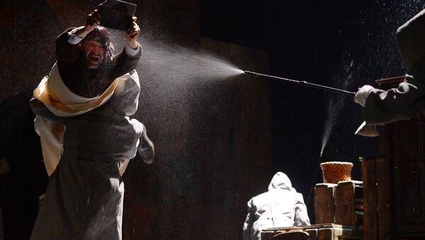 Прогон спектакля Улыбнись нам, господи в Театре имени Евгения Вахтангова