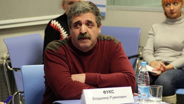 Владимир Фукс, директор автошколы Автотех в Томске, событийное фото