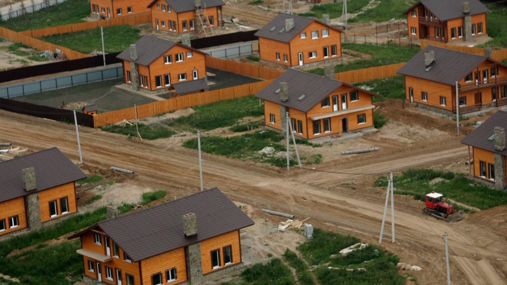 Коттеджный поселок, дома, коттеджи, Новорижское шоссе - РИА Новости, 1920, 11.01.2021