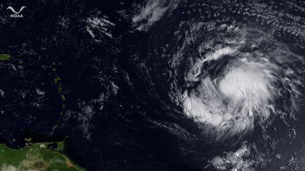 Тропический шторм Катя над Атлантикой 1 сентября 2011