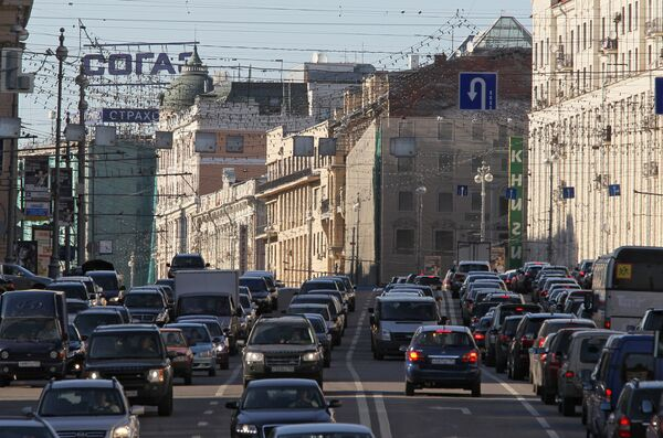 Рекламные перетяжки демонтированы на улицах Москвы