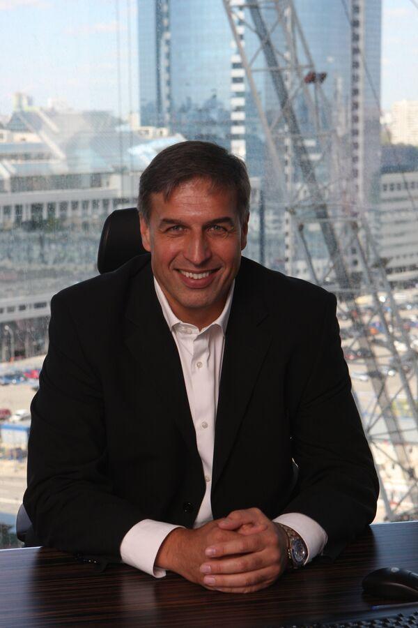 Вице-президент банка ВТБ, председатель совета директоров ЗАО ВТБ Арена Андрей Перегудов