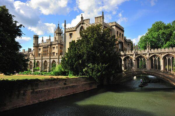 Университет Кембридж