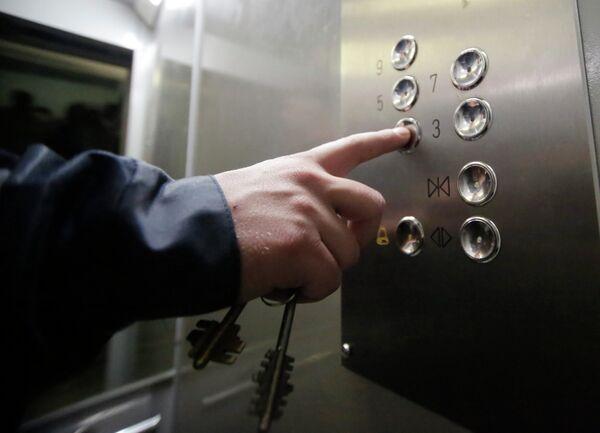 Установка энергосберегающего лифта в жилом доме