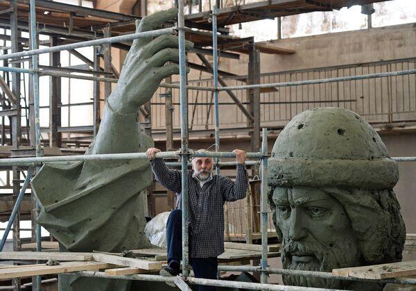 Изготовление памятника Великому князю Владимиру