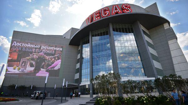 Новый ТРК Vegas Крокус Сити в Мякининской пойме
