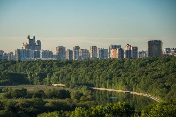 Рассвет в Москве