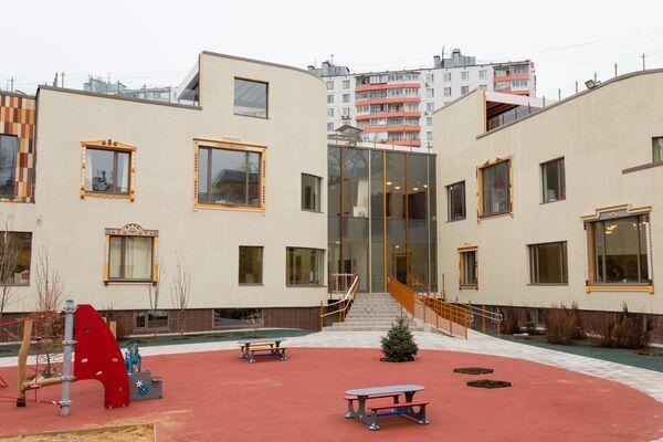 «Школа Сотрудничества»  - старейшая московская частная школа, и многие родители ждали появления этого детского сада.
