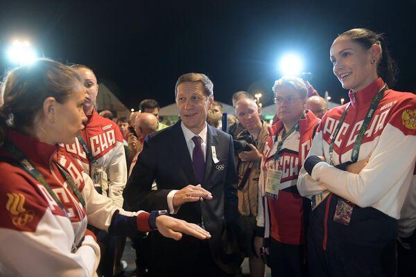 Александр Жуков на торжественной церемонии поднятия флагов в Олимпийской деревне