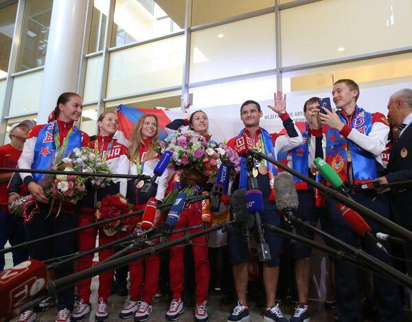Спортсмены сборной России по фехтованию