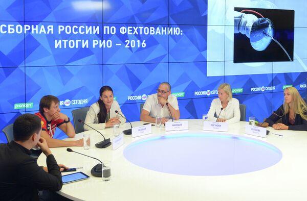 Спортсмены главный тренер сборной России по фехтованию