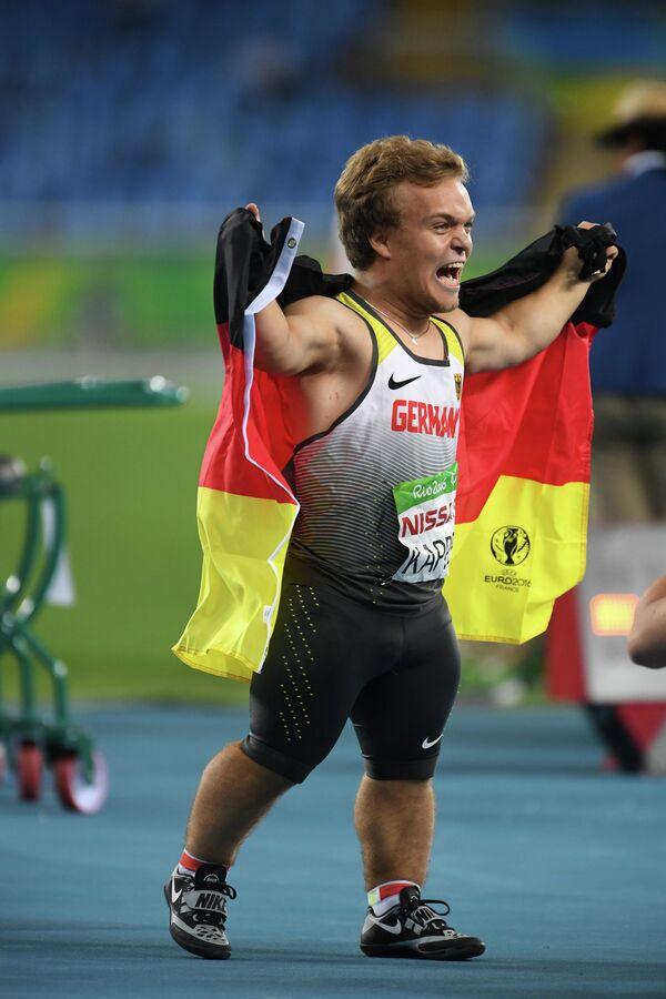 Нико Каппель (Германия) радуется победе в финале соревнований в толкании ядра