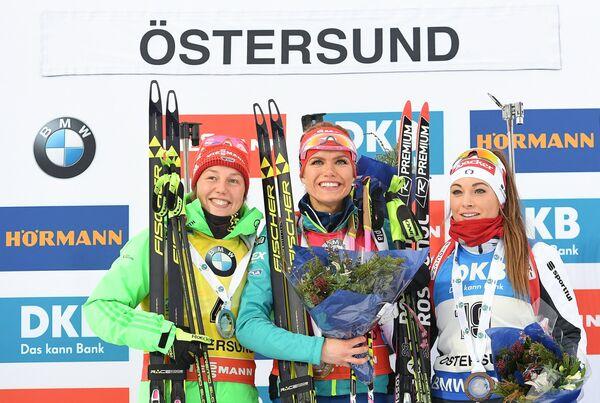 Слева направо: Лаура Дальмайер (Германия) - 2-е место, Габриэла Коукалова (Чехия) – 1-е место, Доротея Вирер - 3-е место.