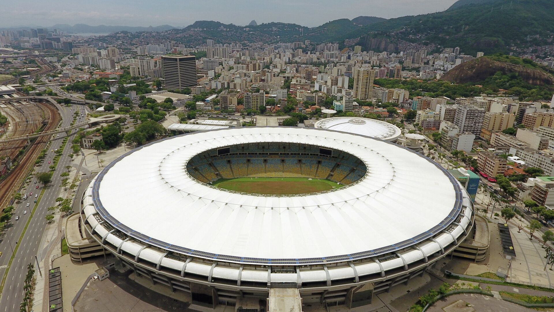 Состояние стадиона Маракана в Рио-де-Жанейро, 2017 год - РИА Новости, 1920, 01.06.2021