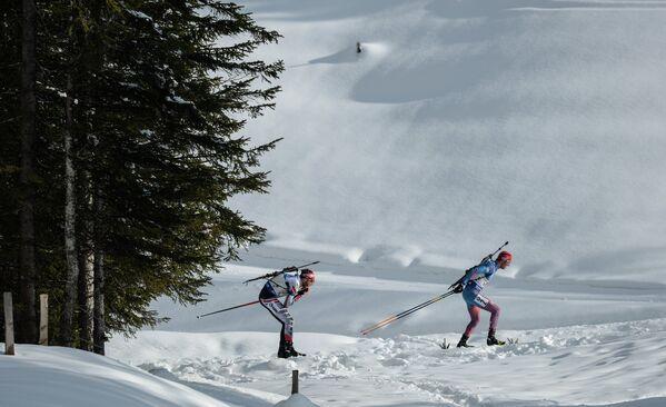 Слева направо: Симон Эдер (Австрия) и Антон Бабиков (Россия)