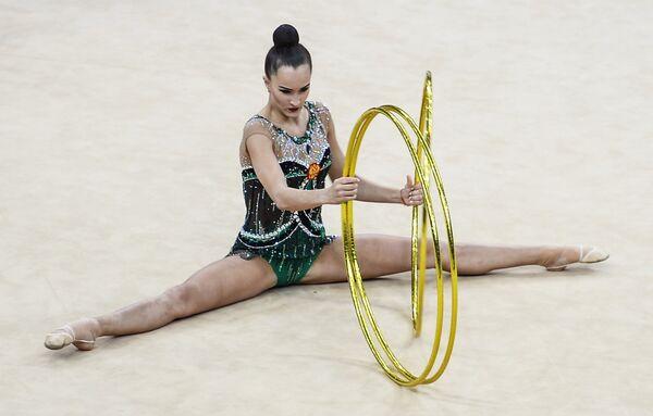 Спортсменка сборной России по художественной гимнастике