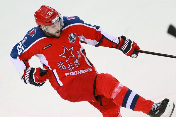 Нападающий ПХК ЦСКА Владимир Жарков